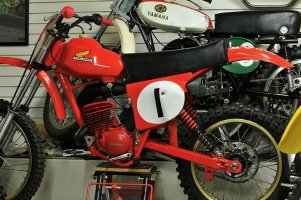 marty_smith_76_RC125M.JPG