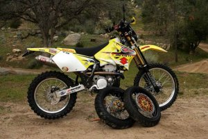 141_0604_internet_bike_05_thumpertalk_drz475_z.jpg
