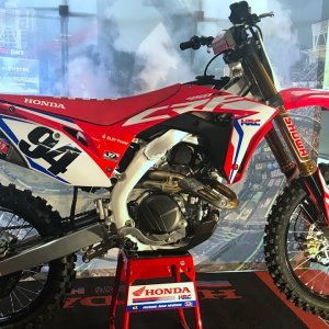 First Look 2019 Honda CRF450R Works Edition
